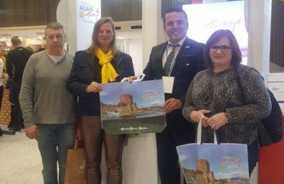 Litvanya'da yüzler gülüyor
