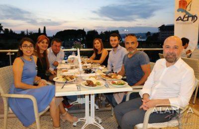 (EN) 'Türkiye turizmi kabuk değiştirdi'
