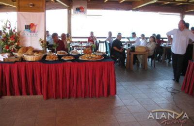 Turizmciler Ulaş'da Kahvaltıda Buluştu