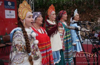 (EN) Yabancılar Alanya'da mutlu