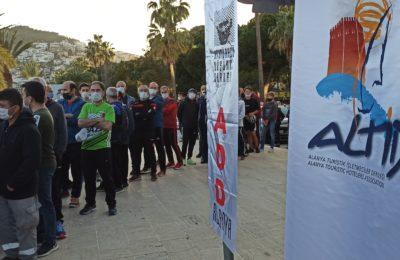 Atatürk Halk Koşusu ve Yarı Maratonu yapıldı